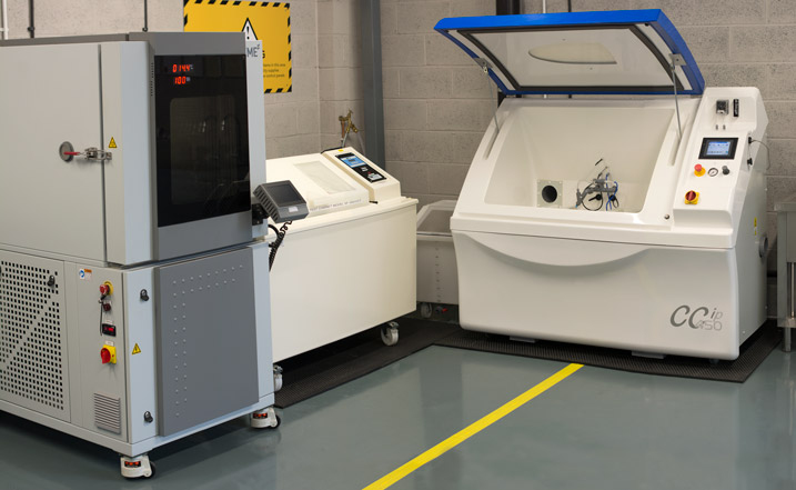 climatic chamber research development salt spray chamber ascott oem manufacturers astm standardisation humidity cheshire automotive manufacturers industrial product design testing